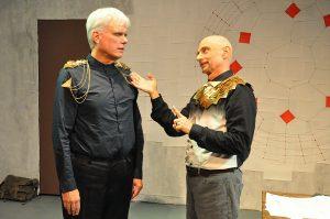 (L-R) Dave Sikula as Tazmen, GreyWolf as Ferrin