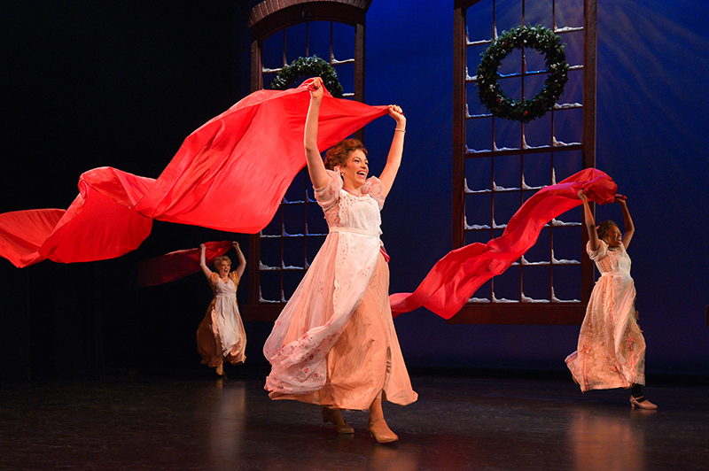 Act Christmas Carol.A Christmas Carol Soars With Holiday Spirit At A C T In