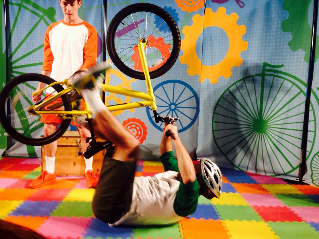 """Wheels on the Bus"""" Takes Kids on Adventure, at Bay Area"""